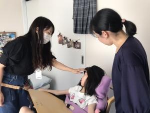 訪問美容 重度障害者の女の子をカットさせてもらいました。